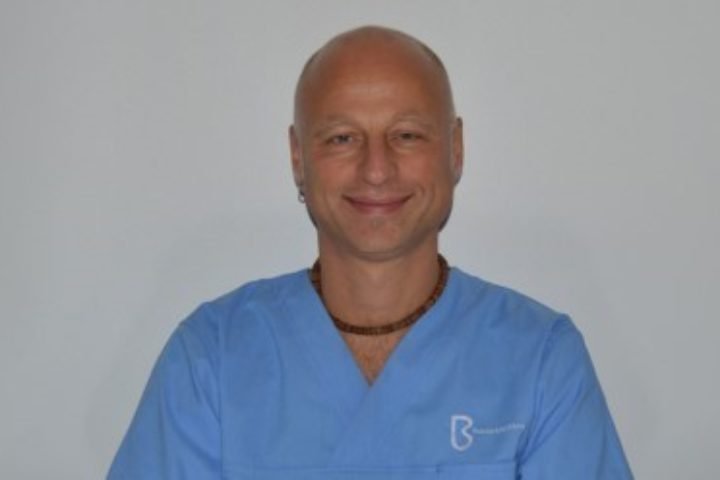 Skriftlig intervju med lege Lars Omdal – Del 1
