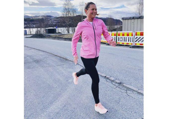 Mosjonsløperen Thea har høyt stoffskifte: «En evig treningsøkt, bare uten endorfiner»
