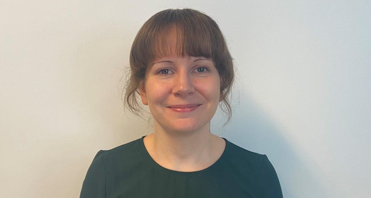Siri (34) er ny organisasjonsrådgiver i Stoffskifteforbundet: – Ønsker å bidra til gode fellesskap